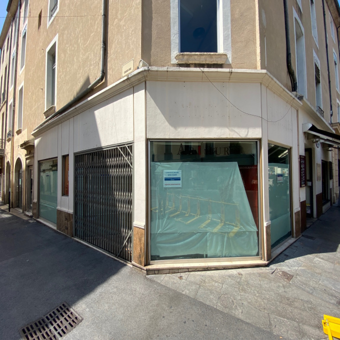 Location Immobilier Professionnel Local commercial Nîmes (30000)