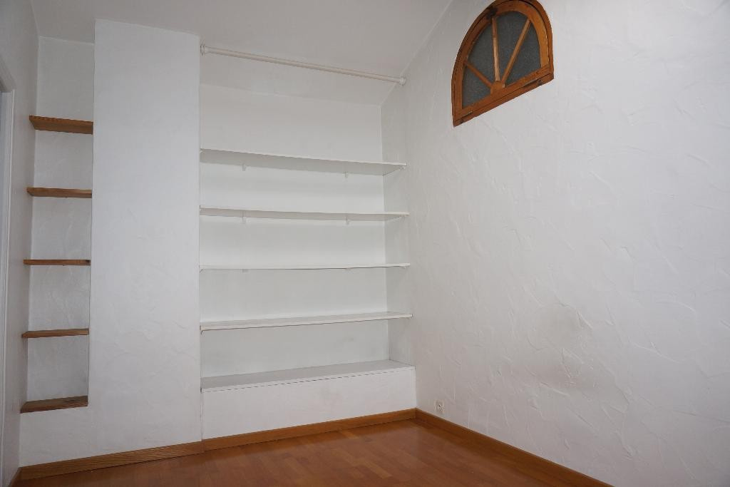 location_a_nimes_p3_alogna_agence_immobiliere_00004