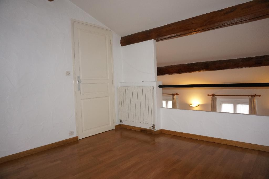 location_a_nimes_p3_alogna_agence_immobiliere_00003