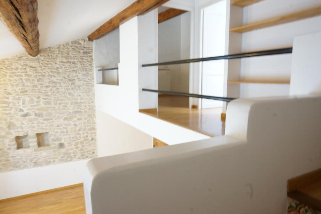 location_a_nimes_p3_alogna_agence_immobiliere_00001